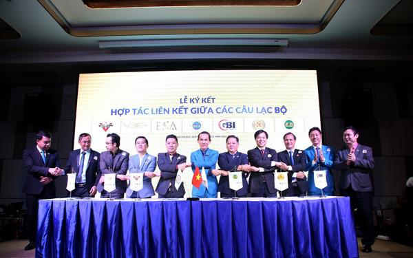 Ban chấp hành CLB tham gia lễ ra mắt CLB Doanh nhân HCA và thực hiện Lễ ký kết hợp tác các câu lạc bộ